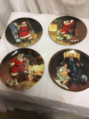 LOT_Christmas_collector_plates,_see_picts