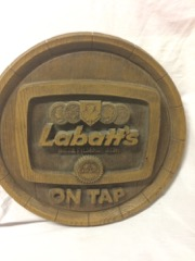 Labatts_beer_sign,_modern_material