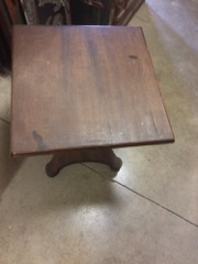Pedestal_table___mahogany_pedestal_with_small_square_top