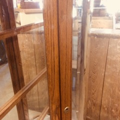 Oak_china_display_cabinet,_mirrors,_glass_shelves