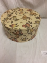 floral_decorated_hat_box