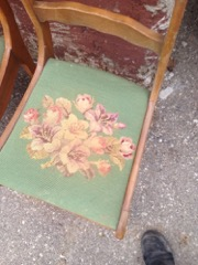 set_of_4_chairs,_carved_backs,_needlepoint_seats