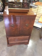 old_television_cabinet,_great_for_LP_storage