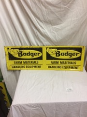 Badger Farm materials folding sign