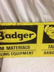 Badger_Farm_materials_folding_sign