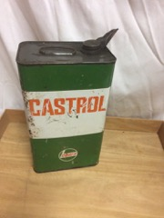 Castrol_oil_tin_with_spout