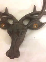 Cast_iron_moose_head_antler_coat_hanger