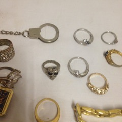 LOT,_costume_jewelry_and_watches._