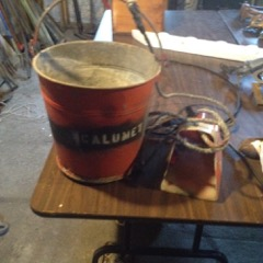 old_Bail_bucket_from_Ship,_Calumet