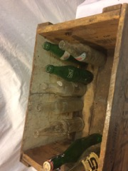 pepsi-Cola_crate_wood,_with_old_bottles_KIST