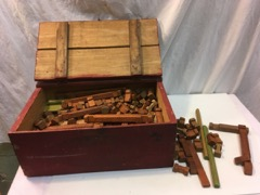 Lincoln logs old red box included