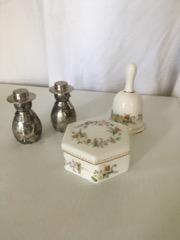 Wedgewood bell and box, silverplate salt & pepper