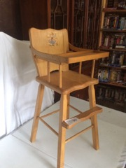 dolls_high_chair