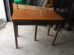 table walnut extends