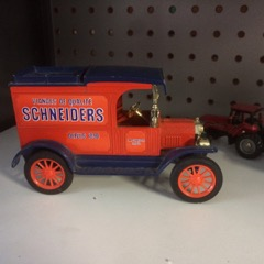 cast iron Shneiders model t delivery truck