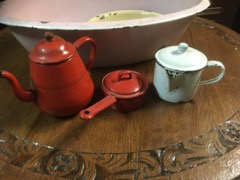 old_enamelware_pieces